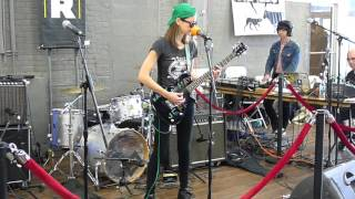 Download Lagu Colleen Green - Here it comes - 2016 WFMU Record fair Brooklyn expo - April 30 2016 Gratis STAFABAND