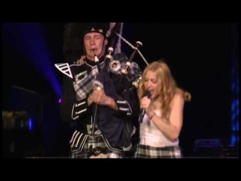 Madonna - Into The Groove [Re-Invention Tour] HD