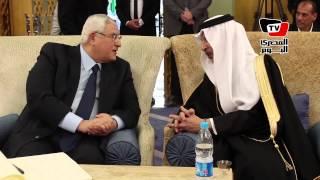 عدلي منصور يعزي سفير السعودية في وفاة الملك عبدالله
