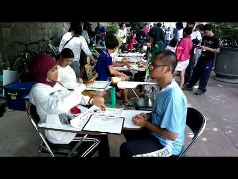 Bahasa isyarat Indonesia (BISINDO) / sign language training @ Car Free Day Jakarta