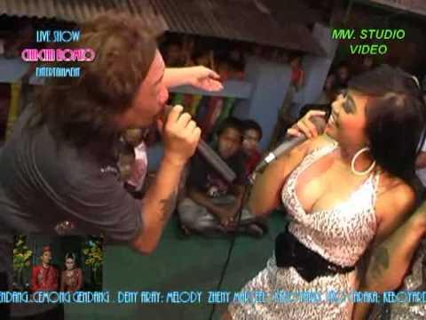 chacha romeo show in lagoa sinar (piano) wulan,vladisha,babe chacha romeo