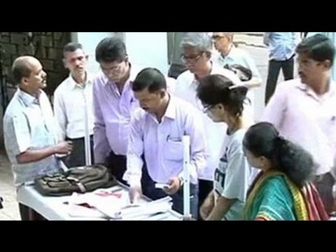Election Commission apology for missing voters' names in Maharashtra