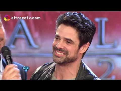 Luciano Castro quiso coquetear con las bailarinas y Sabrina Rojas lo frenó