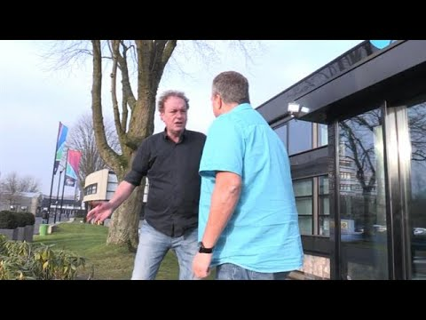 Nederland in rap en roer: Rapper gaat darten!?  - RTL 7 DARTS INSIDE