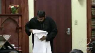 Hajj - How to wear Ihraam the most practical way - Yasir Qadhi | November 2010