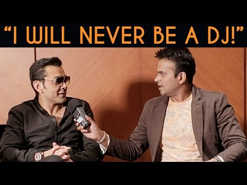 download lagu Bobby Deol Says I Will Never Be A Dj gratis