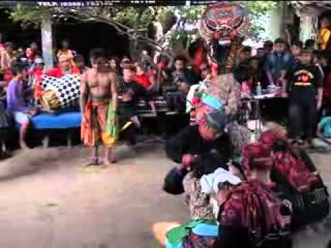 Legowo Putro Live Watu Kandang 2014 Disc3 video