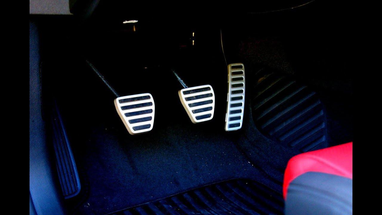 Какие педали в машине где находятся