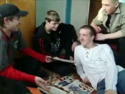 video-o-strahuyushimsya