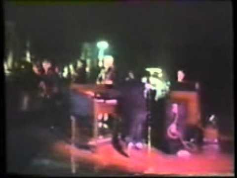 Titelbild des Gesangs Boulevard of broken dreams von Brian Setzer orchestra