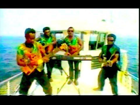 Quakes - Manam Motu
