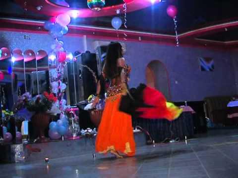 Восточные танцы на свадьбе