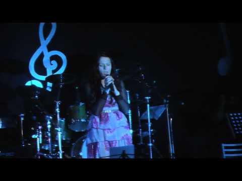 """CAROLINA GUARNIERI in """"Pensieri e Parole"""" alla 6°Edizione """"Voci in Castello"""" del 02/06/2013"""