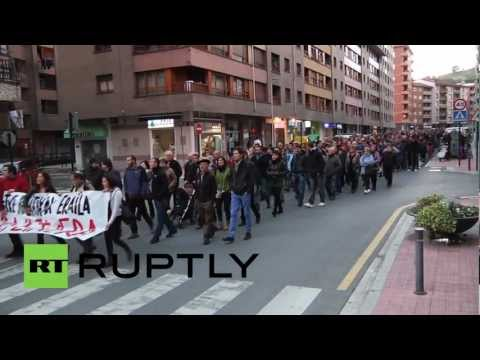 Spain: Basque mourners stay committed to militancy of lost leader