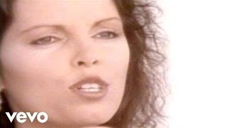 Watch Pat Benatar One Love video