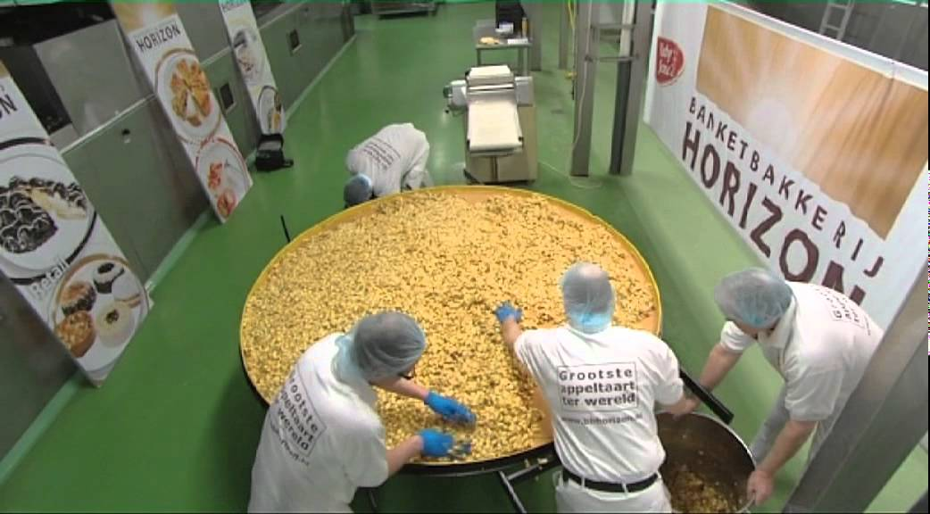 Banketbakkerij horizon bakt grootste appeltaart ter wereld youtube - Tv josephine huis van de wereld ...