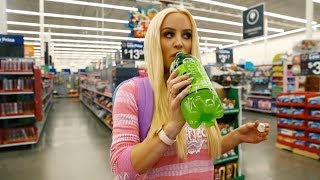 gigi gorgeous being disrespectful in walmart for 1 minute straight