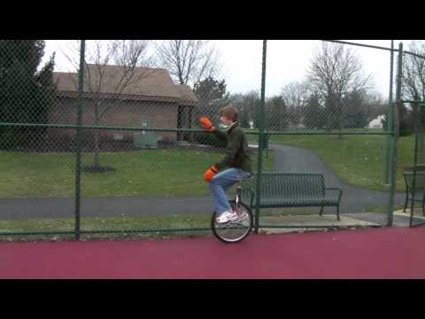 How To Unicycle: From Mounting to Riding