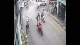 Cướp giật tại Nguyễn văn Quá Q12