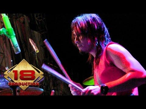 Seurieus - Bandung 19 Oktober  (Live Konser Balige Medan 13 Mei 2006)