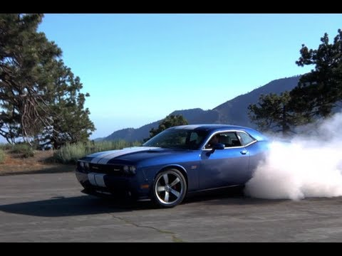 Dodge Challenger SRT 392 Review