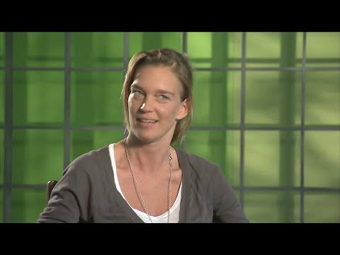 DIE WELLE| Interview: Nina Maag (Ausführende Produzentin) deutsch