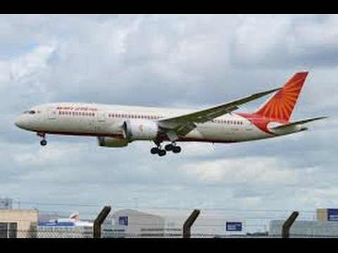 AIR INDIA BOEING 787 FLIGHT FROM MOSCOW TO DELHI LANDING AT IGI AIRPORT