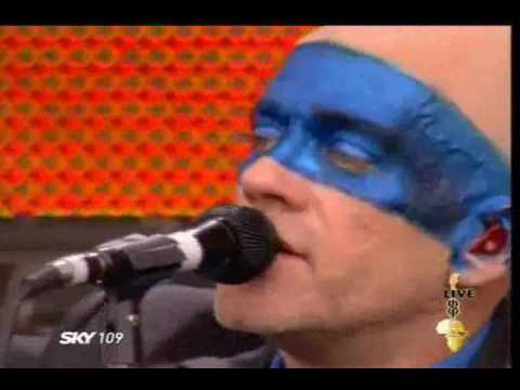 REM - Everybody Hurts (Live) Video