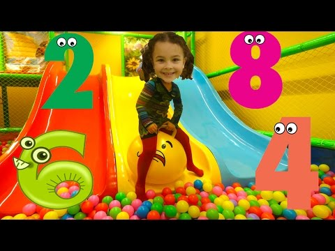 Learn Numbers Ball Pit Show: Treasure Hunt for Numbers in Indoor Playground. Fun way to Learn 1-10!