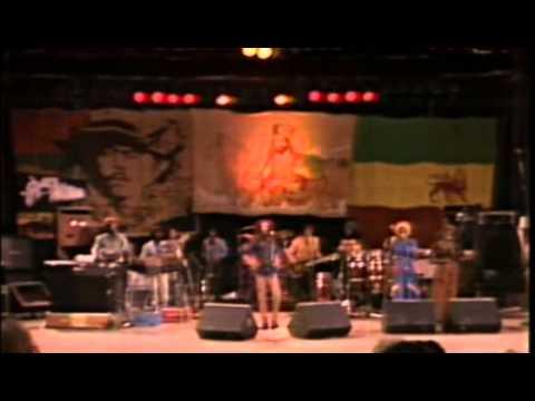 Bob Marley: The Legend Live - Santa Barbara County Bowl 11-25-1979(FULL SET)