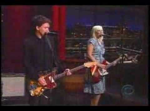 The Raveonettes - That Great Love Sound (live on Letterman)