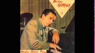 Watch Mickey Gilley Little Egypt video