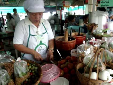 Papaya Salad–Bangkok Market Deleted Scene