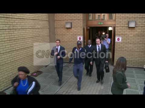 SOUTH AFRICA: PISTORIUS LEAVES COURT