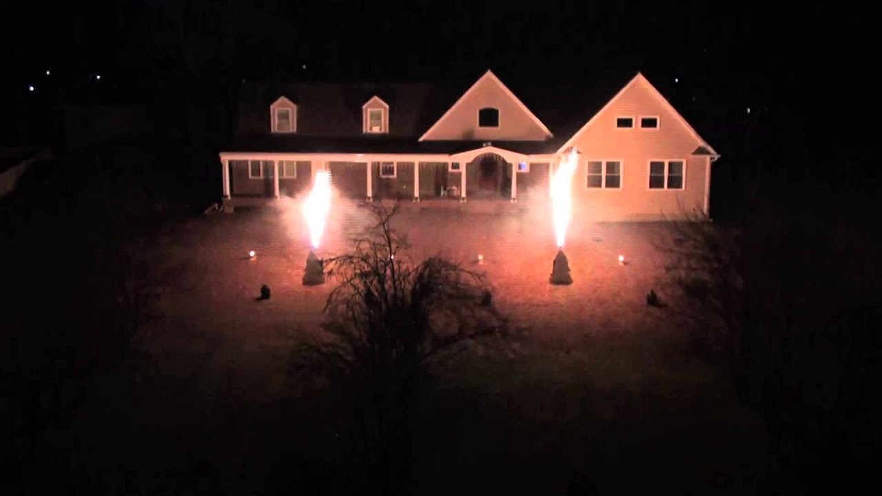 The Christmas Light Show 2011 - YouTube