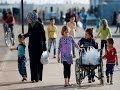 شباب سوريون يعتصمون مدينة غازي