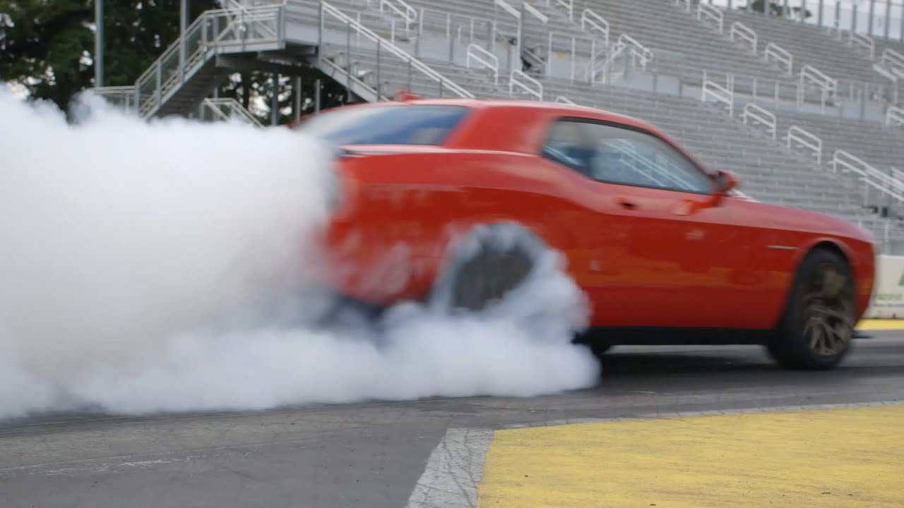 Most Powerful Muscle Car Ever: 707 HP Challenger SRT Hellcat - YouTube