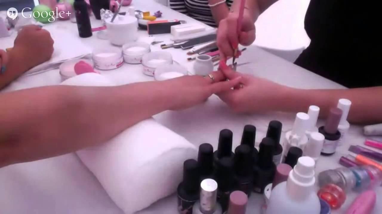 Clarissa Nails Résine FORMATION - YouTube