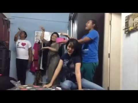 Uqasha Senrose Buat Parodi Filem Bolywood Gelek2 Goncang2 video