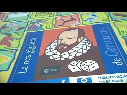 Madrid se llena de poemas gigantes, títeres y teatros por el Día del Libro