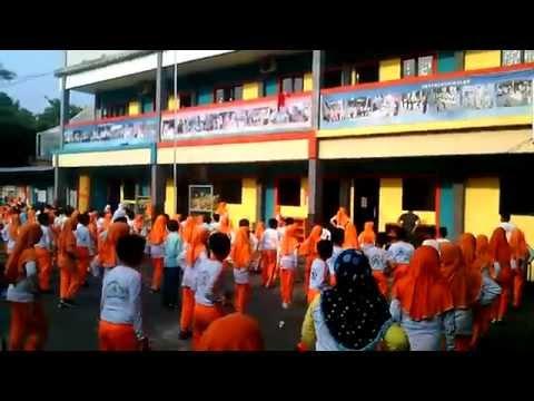 Senam Seribu Bersama Di Sekolah video