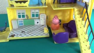 Peppa and George can´t fall asleep. Peppa Pig and her family save the cat