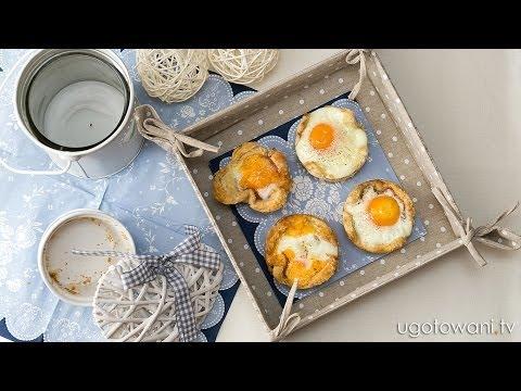 Przepis FIT - Jajka Sadzone W Chlebowych Miseczkach | Ugotowani.tv HD