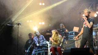 Ylvis Video - ON STAGE WITH YLVIS AND CALLE!