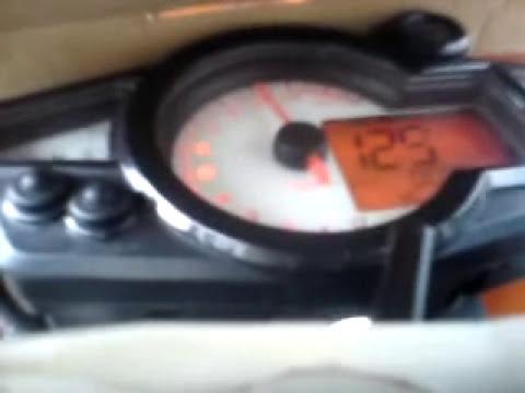 AKT 200 XM aceleracion y velocidad maxima en plano 126kms/h