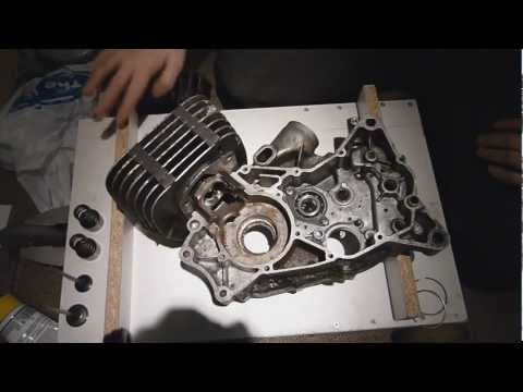 How a crankcase induction 2 stroke engine works (The importance of the crankcase)
