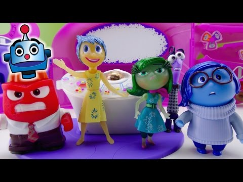 Inside Out Cuartel General con Proyector Headquarters - Juguetes de Inside Out