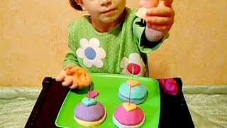 Many Play Doh cakes Surprise Peppa Pig. Открываем игрушки