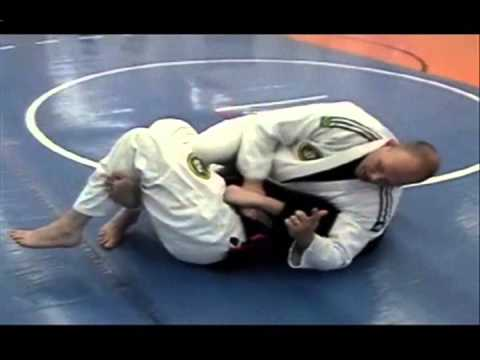 BJJ Techniques: Escaping Bottom Half-Guard using Hip Shift with High Knee Image 1
