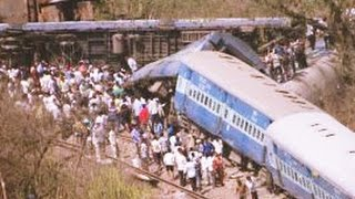Raebareli - Uttar Pradesh Train Accident : 22 dead in Rae Bareli Janta Express Dehradun-Varanasi UP